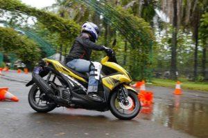 zonabikers.com-Oli Terbaik Buat Motor Matic Yamaha Aerox 155